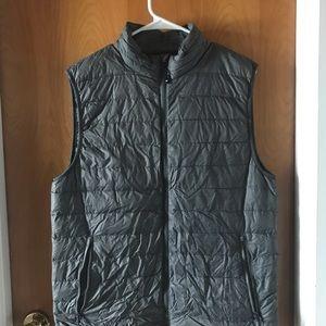 Men's Down Feather Vest Medium 32 Degrees NWOT